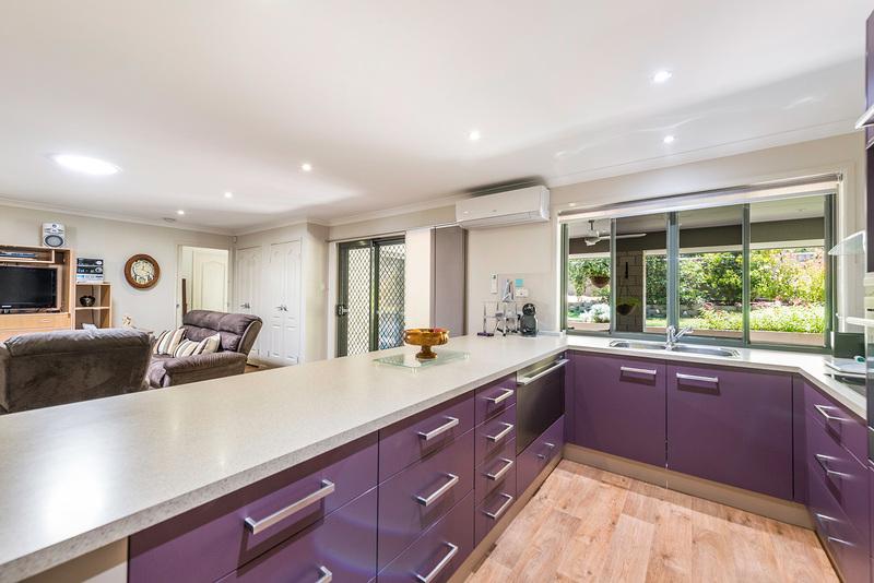 buy kitchen 2.jpg