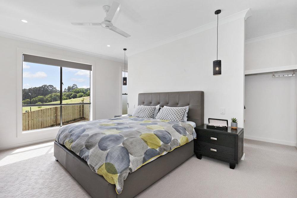 9-Bedroom.jpg