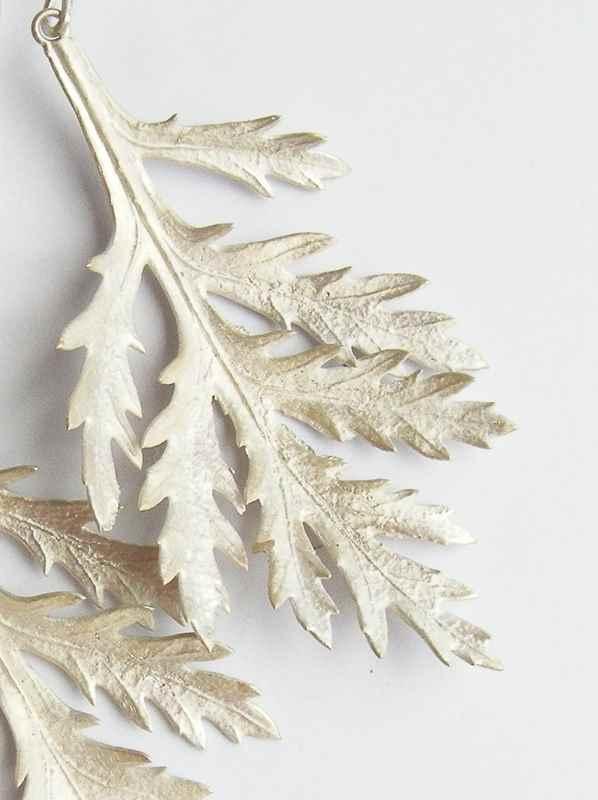 Daisy leaf pendant NBP011.jpg