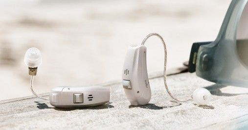 Ace-primax_hearing-aids-beach_950x500px-507x267.jpg