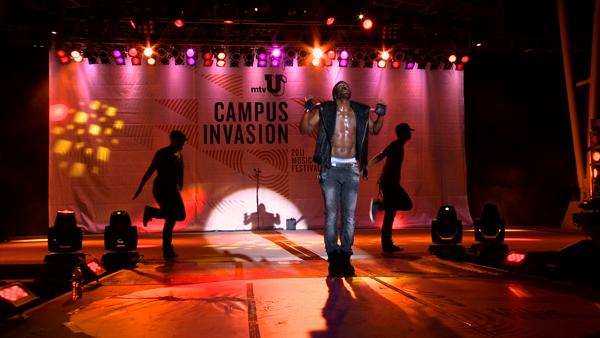 jason-d-campus-invasion-2.jpg