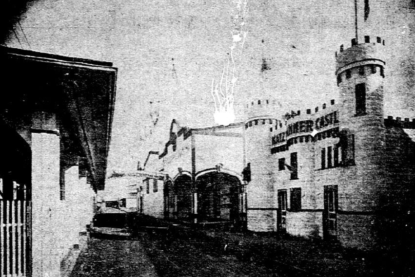 Katzenjammer Castle