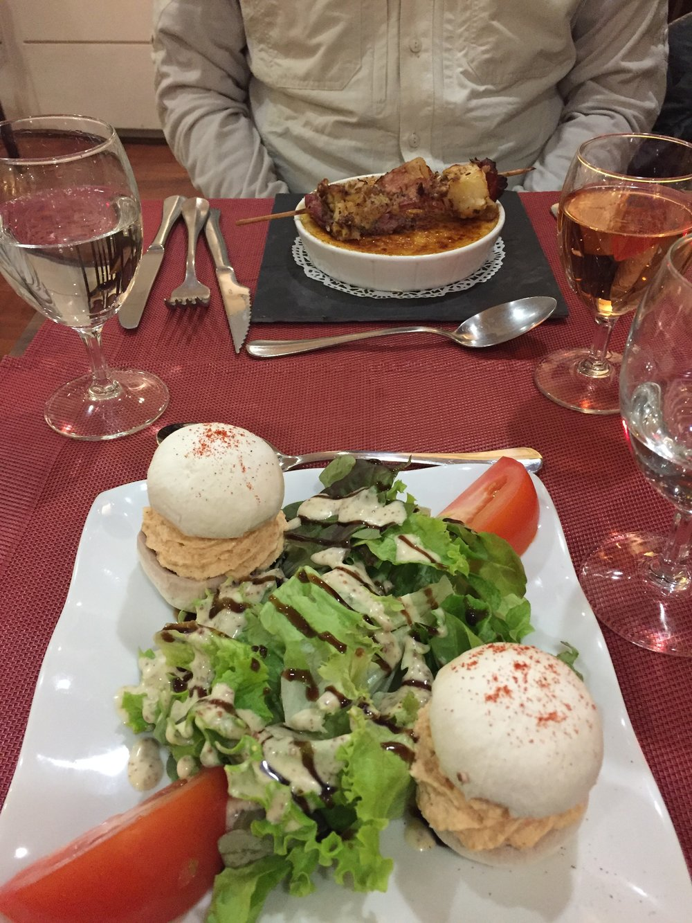 Salad & raw mushroom moose