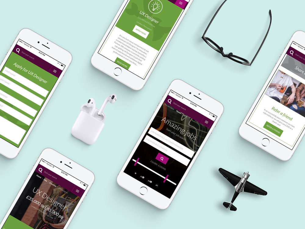 App-Screen-Showcase-Mockup-Psd.jpg