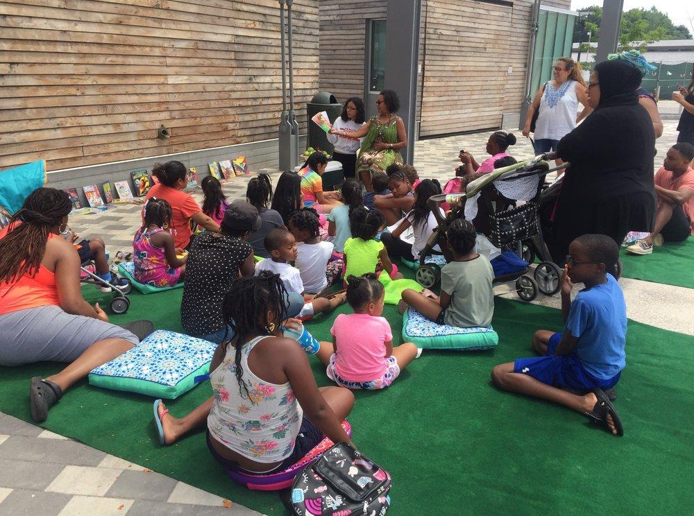 Reading Round the Plaza.jpg