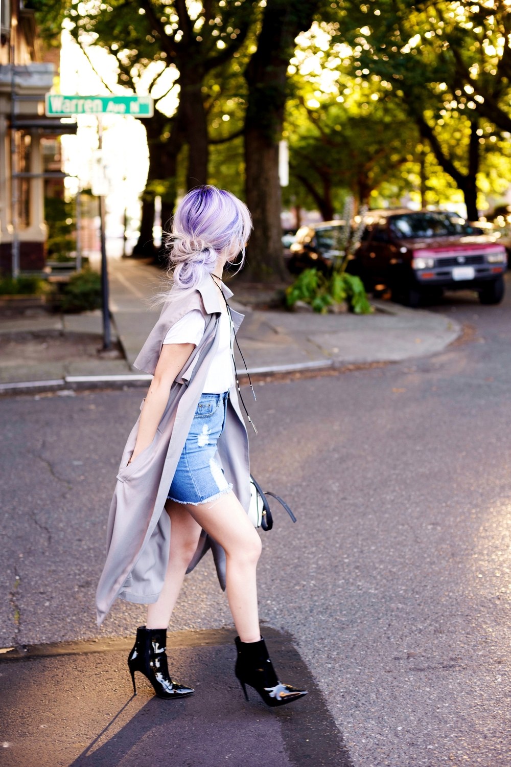 Dezzal Grey Trench Coat_TOPSHOP White T-shirt_She Inside Highwaisted Denim Mini Skit_ALDO Patent Boots_ZARA Mini Bag_Suede Choker_Daniel Wellington Watch_Aikas Love Cloeset_Seattle Fashion Blogger from Japan_Lavender Hair_Messy low bun Hair 2