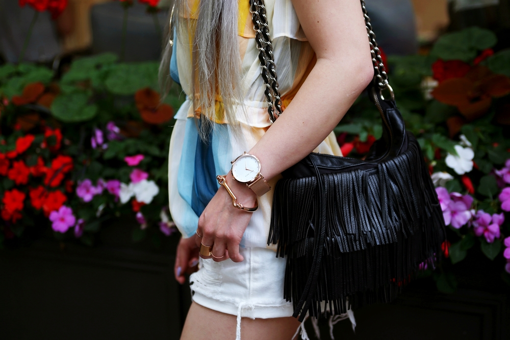 H&M chiffon top_Sincerely Jules Stone Cut Off shorts_Marc Bale Rose Gold Watch_The Peach Box Modern Latch Bangle_Aikas Love Closet_Seattle Fashion Blogger from Japan