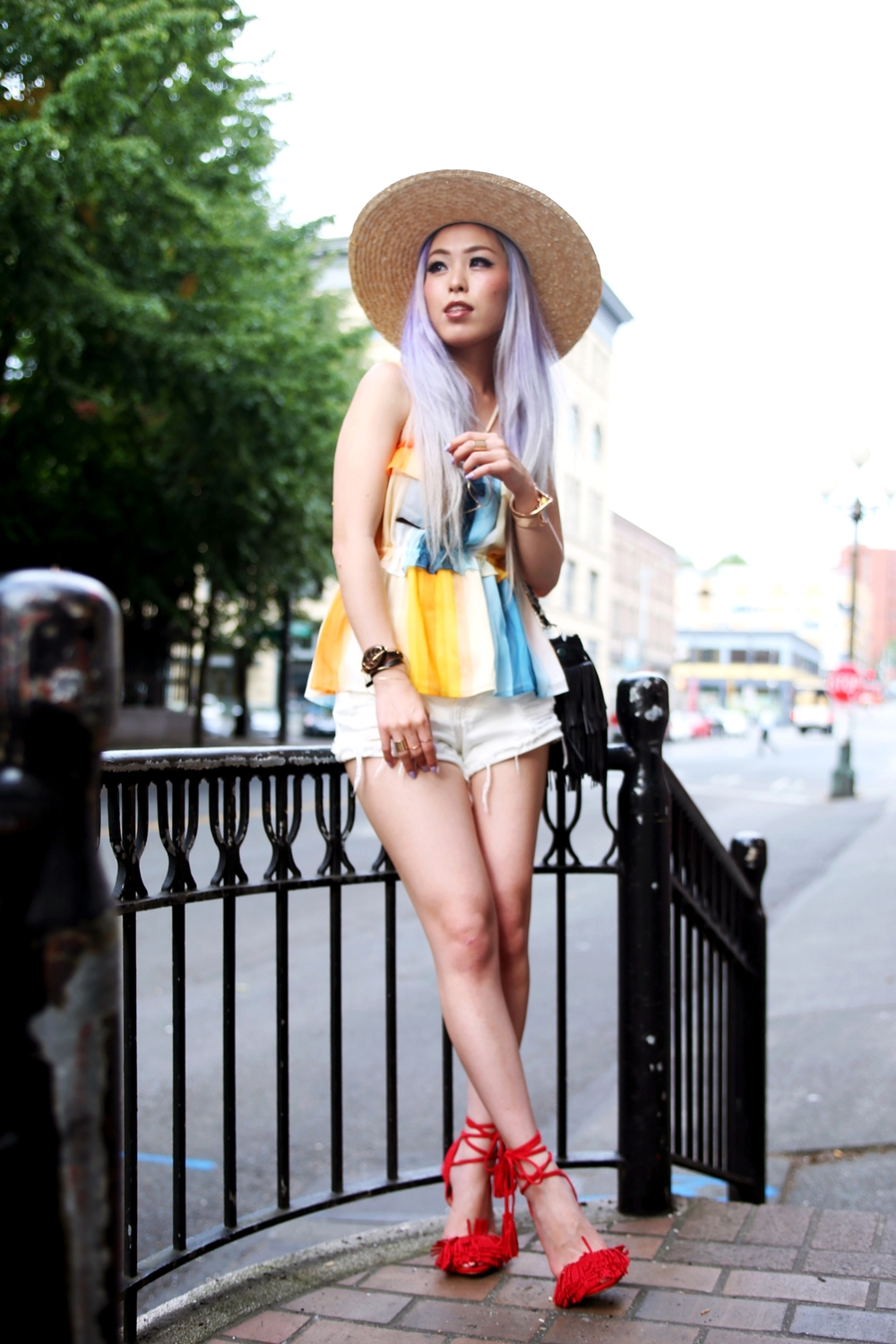 Lack Of Color The Spencer Wide Brimmed Hat_H&M chiffon top_Sincerely Jules Stone Cut Off shorts_Fringe Bag_JustFab Red Fringe Sandals_Marc Bale Rose Gold Watch_Lavender Hair_Aikas Love Closet_Seattle Fashion Blogger from Japan