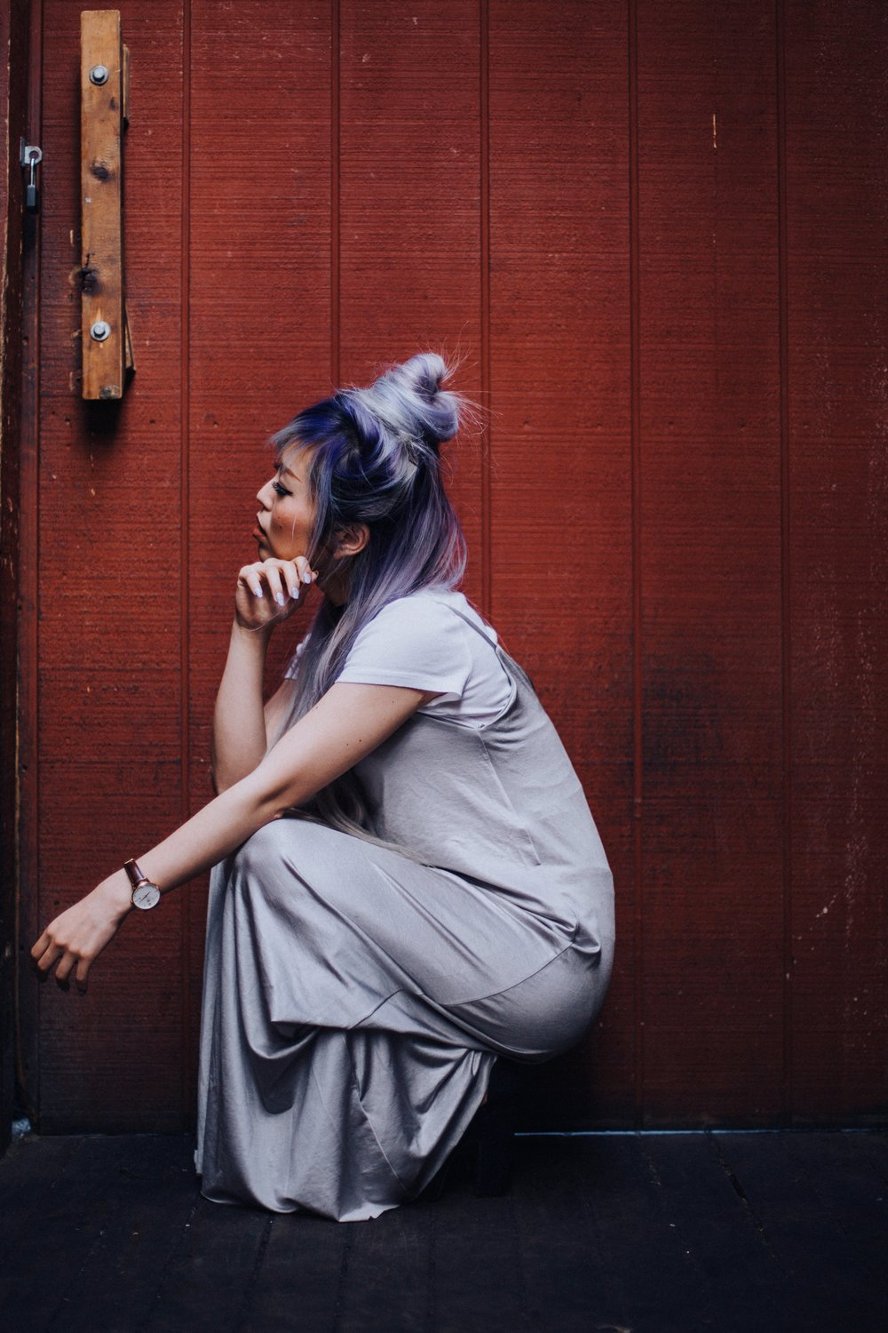 ZARA Silver Maxi Slip Dress_Missguided Black Choker_Revolve White Tee_JustFab Red Mini Bag_Topknot Hair_Mermaid Hair_Lavender Hair_Aikas Love Closet_Seattle Fashion Style Blogger from Japan
