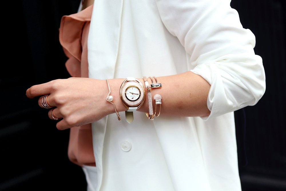 Swarovski Future Bangle_Crystalline Oval White Tone Watch_Rose Gold Friend Bangle_Edify Bangle_Frisson Ring_Creativity Coiled Ring_Aikas love Closet_Seattle Fashion Blogger_Japanese Fashion