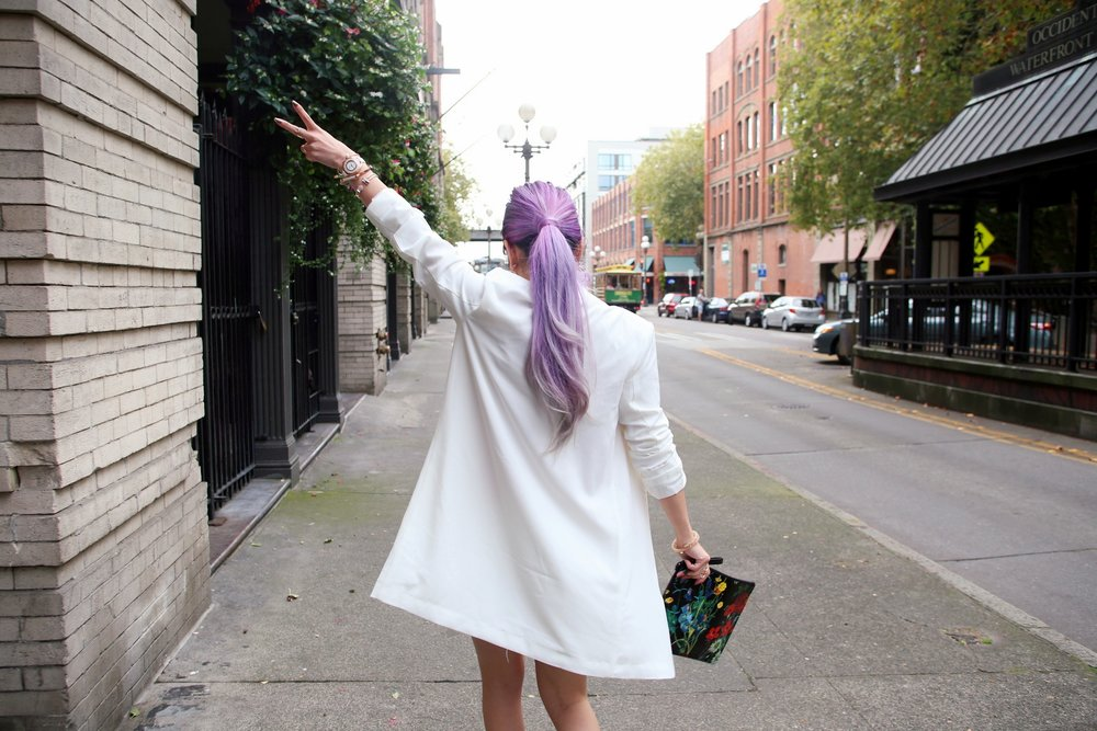 Forever 21 Mini Blazer Dress_Alice + Olivia Printed Leather Clutch_Aikas Love Closet_Seattle Fashion Blogger_Japan_Lavender hair_Purple hair