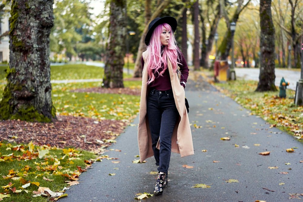 Forever 21 Fedora_Who What Wear : Target Rib Turtleneck_ASOS High Waist Mom Jeans_Ego Floral Print Ankle Boots_Christian Paul Marble Watch_Aika's Love Closet_Seattle Fashion Blogger_Japanese_Pink Hair