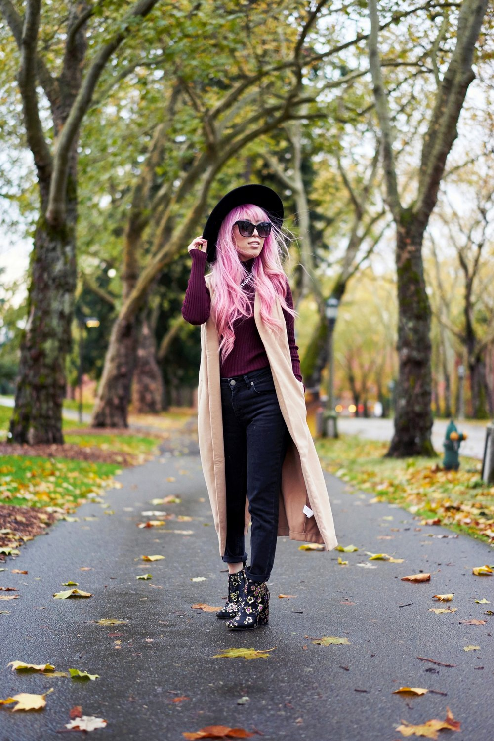 Forever 21 Fedora_Who What Wear : Target Rib Turtleneck_ASOS High Waist Mom Jeans_Ego Floral Print Ankle Boots_Christian Paul Marble Watch_Aika's Love Closet_Seattle Fashion Blogger_Japanese_Pink Hair 3