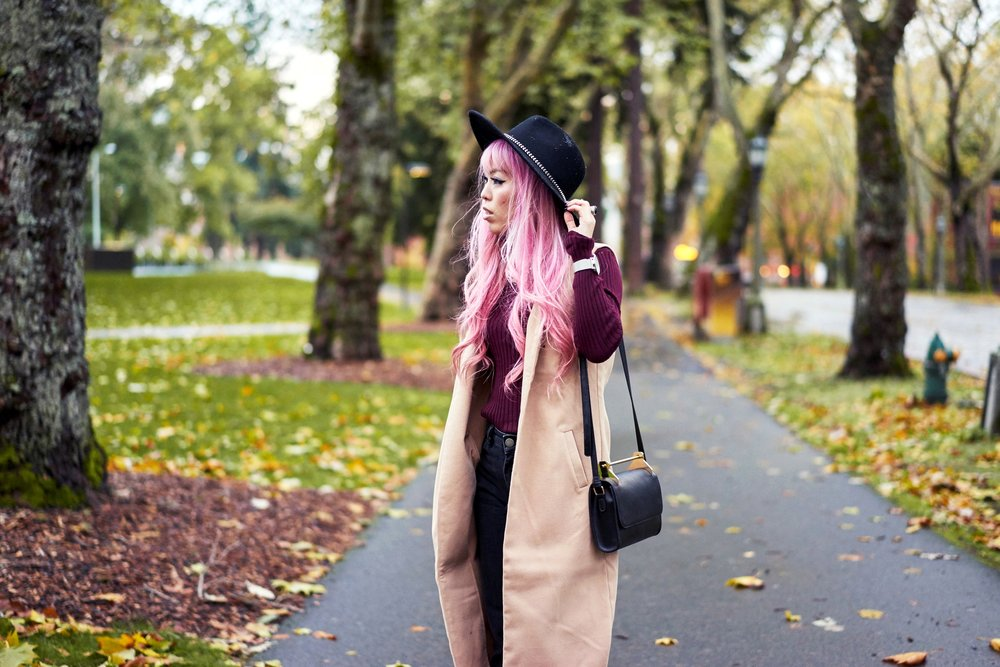 Forever 21 Fedora_Who What Wear : Target Rib Turtleneck_ASOS High Waist Mom Jeans_Ego Floral Print Ankle Boots_Christian Paul Marble Watch_Aika's Love Closet_Seattle Fashion Blogger_Japanese_Pink Hair7