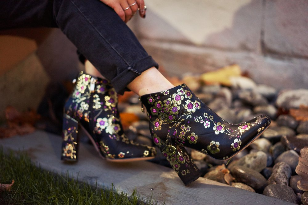 Ego Floral Print Ankle BootsAika's Love Closet_Seattle Fashion Blogger_Japanese_Pink Hair