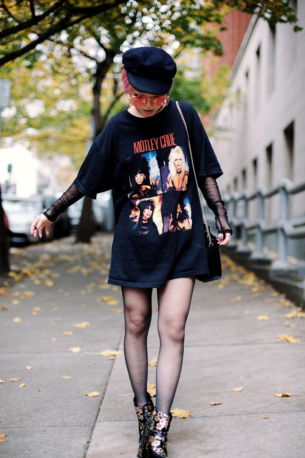 Isabel Marant Hat-Forever 21 hoop earrings-Free People Double Crossed Suede Choker-Vintage Rock T-shirt-Zara sheer top & EMBROIDERED CLUTCH-Ego Shona Gold/Purple Floral Print Ankle Boot-Aika's love Closet-Seattle Fashion Blogger-Japanese-Pink hair-Colored Hair