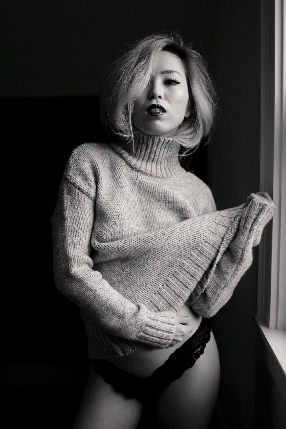 Boudoir Photo-black and white photography-sweater weather-turtle neck sweater-black lingerie-dark lipstick-japanese-Aika's Love Closet-Seattle model-Seattle Style blogger 6