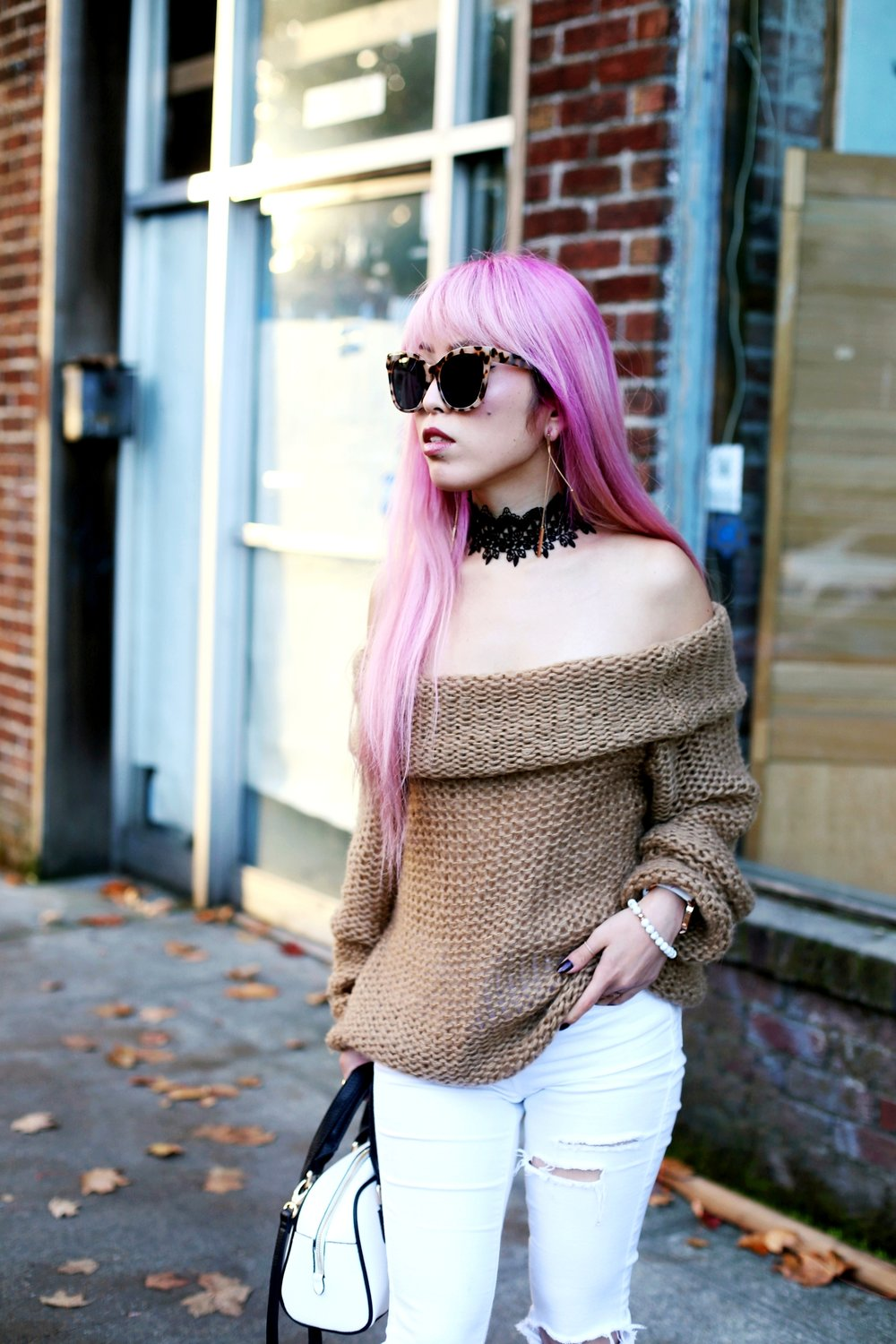 Urban Outfitters Sunglasses_Camel Off The Shoulder Sweater_TOPSHOP white jeans_ZARA Bag_ASOS Snake Skin Heels_Shop Dixi Lace Choker_Aika's Love Closet_Seattle Fashion Blogger_Japanese_Pink Hair_Colored Hair 7