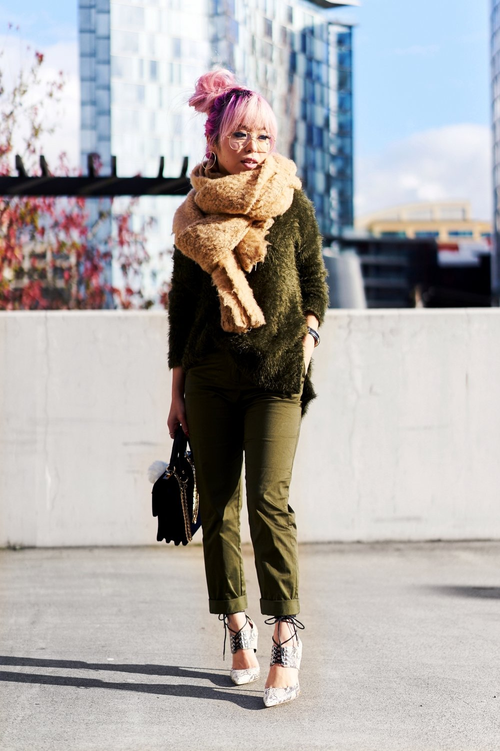 ASOS Oversized Scarf-H&M olive chunky sweater-H&M cropped trousers-ASOS python lace-up pumps-ZARA navy velvet bag-mango earrings-Daniel Wellington Watch-Clear Lens aviator-Aika's Love Closet-Seattle Style blogger-japanese-pink hair-colored hair 2
