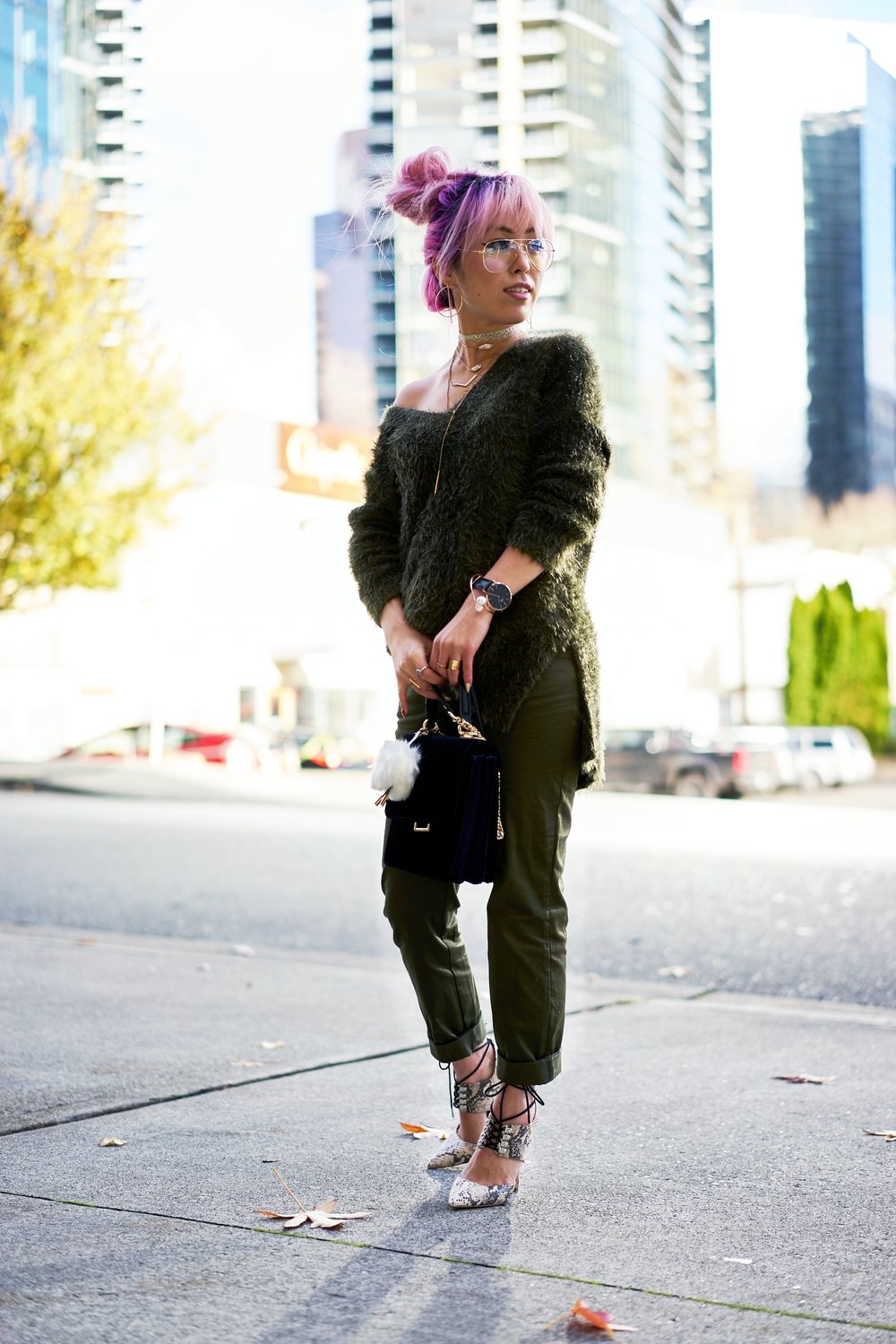 H&M olive chunky sweater-H&M cropped trousers-ASOS python lace-up pumps-ZARA navy velvet bag-mango earrings-Daniel Wellington Watch-Clear Lens aviator-Aika's Love Closet-Seattle Style blogger-japanese-pink hair-colored hair 3