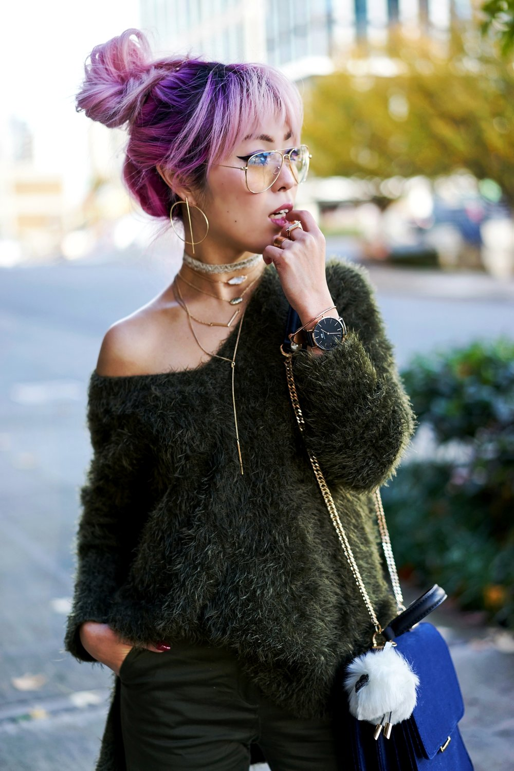 H&M olive chunky sweater-H&M cropped trousers-ZARA navy velvet bag-mango earrings-Daniel Wellington Watch-Clear Lens aviator-Aika's Love Closet-Seattle Style blogger-japanese-pink hair-colored hair 2