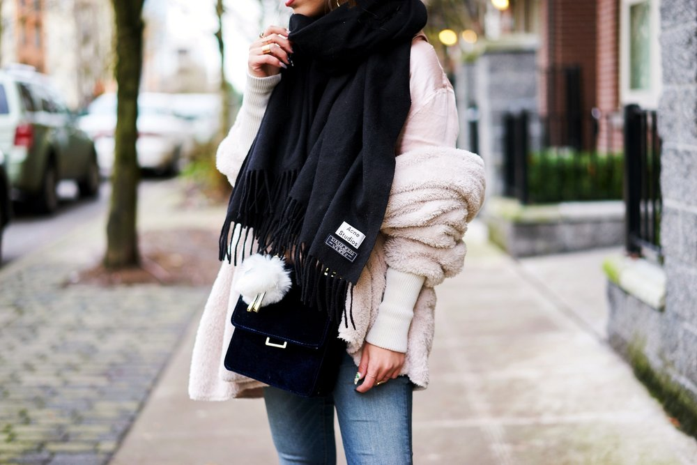Acne Studios Canada wool Scarf black-zara velvet crossbody bag-hudson jeans skinny jeans-lack of color the coco boater-Justfab KAIYA booties-Aika's love closet-Seattle fashion style blogger-japanese-pink hair 2