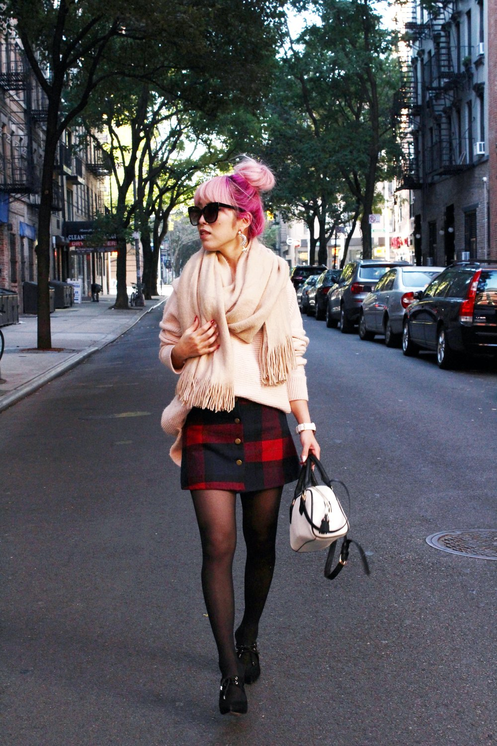 Urban Outfitters Cat eye sunglasses-Zara Blush Sweater-H&M scarf-Plaid Mini Skirt-ASOS black mules-zara mini bag-Aika's Love Closet-Seattle Fashion blogger-Japanese-Pink hair-Colored Hair-nyc