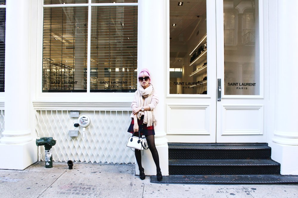 Urban Outfitters Cat eye sunglasses-Zara Blush Sweater-H&M scarf-Plaid Mini Skirt-ASOS black mules-zara mini bag-Aika's Love Closet-Seattle Fashion blogger-Japanese-Pink hair-Colored Hair-nyc soho