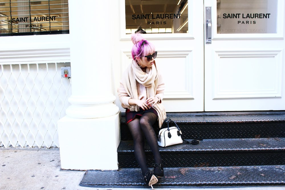 Urban Outfitters Cat eye sunglasses-Zara Blush Sweater-H&M scarf-Plaid Mini Skirt-ASOS black mules-zara mini bag-Aika's Love Closet-Seattle Fashion blogger-Japanese-Pink hair-Colored Hair-nyc soho 2