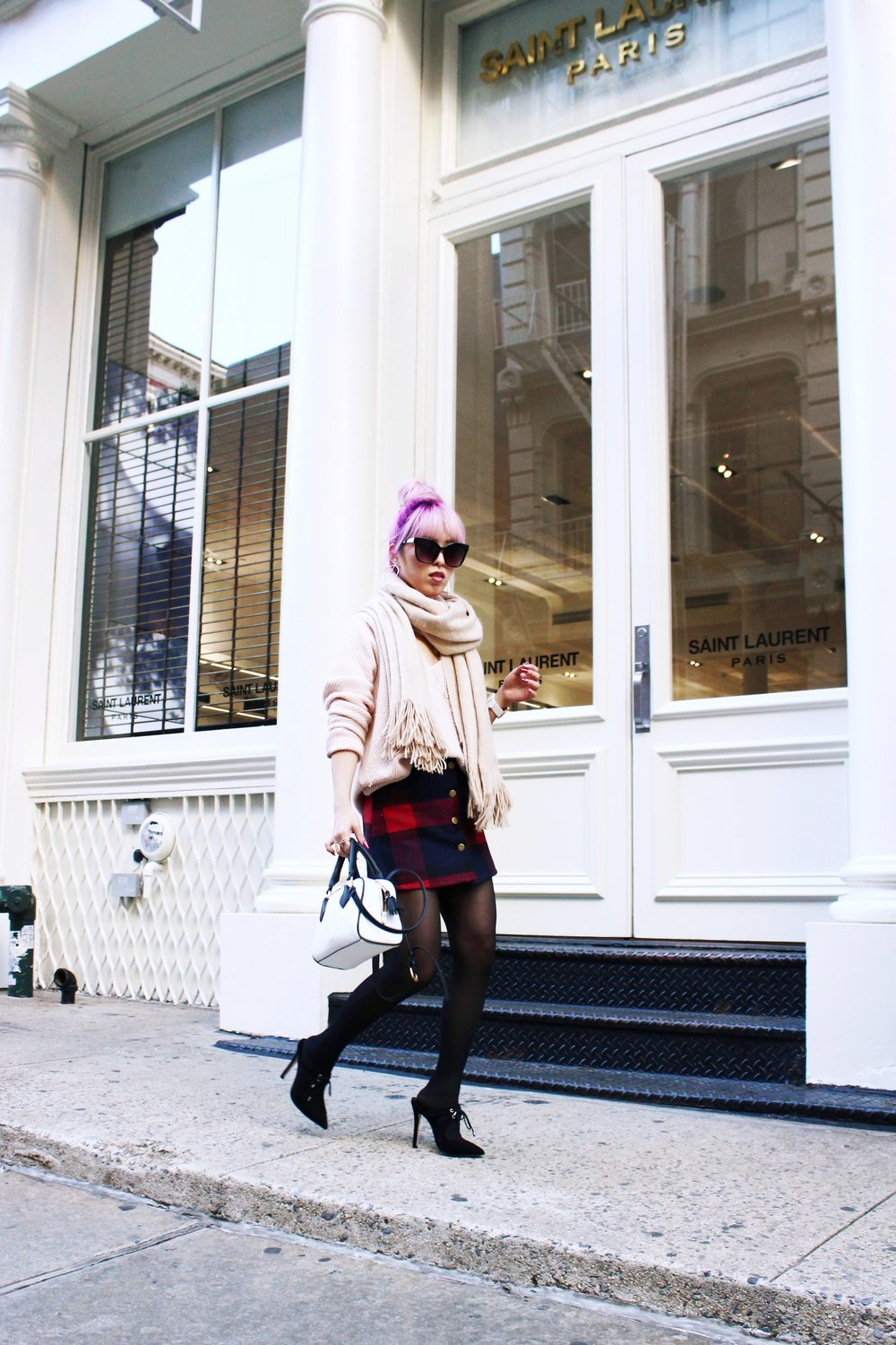 Urban Outfitters Cat eye sunglasses-Zara Blush Sweater-H&M scarf-Plaid Mini Skirt-ASOS black mules-zara mini bag-Aika's Love Closet-Seattle Fashion blogger-Japanese-Pink hair-Colored Hair-nyc soho 3