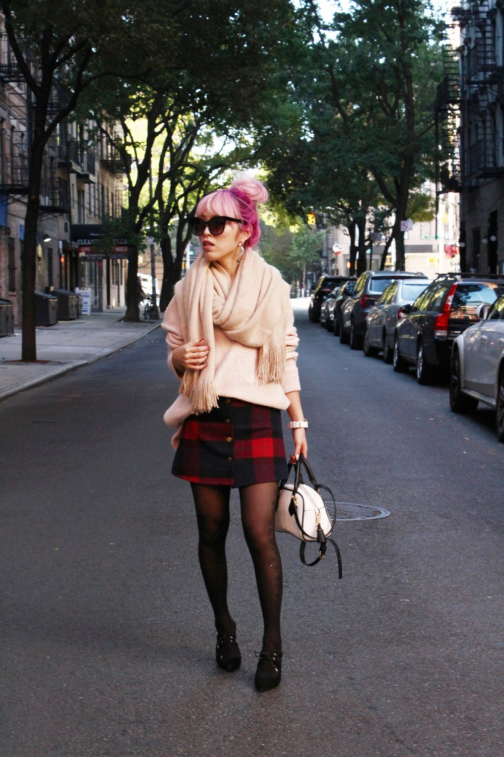 Urban Outfitters Cat eye sunglasses-Zara Blush Sweater-H&M scarf-Plaid Mini Skirt-ASOS black mules-zara mini bag-Aika's Love Closet-Seattle Fashion blogger-Japanese-Pink hair-Colored Hair-nyc soho 6