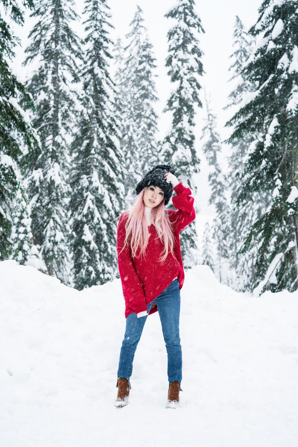 Free people All Mine Sweater, Free People Modern Cuff Layering Top, Free People Ace High Rise Jeans, Free People Bobbi Chunky Pom Beanie, EGO Ankle Boots, Aika's Love Closet, Seattle Fashion Blogger from Japan, Pink Hair 4