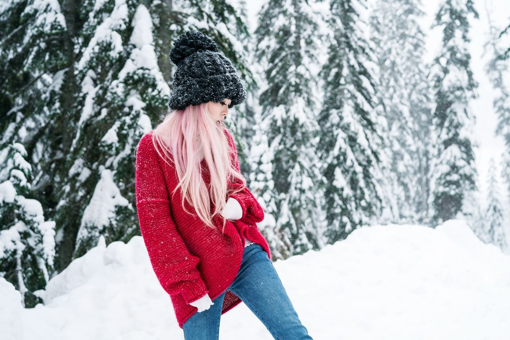 Free people All Mine Sweater, Free People Modern Cuff Layering Top, Free People Ace High Rise Jeans, Free People Bobbi Chunky Pom Beanie, EGO Ankle Boots, Aika's Love Closet, Seattle Fashion Blogger from Japan, Pink Hair 6