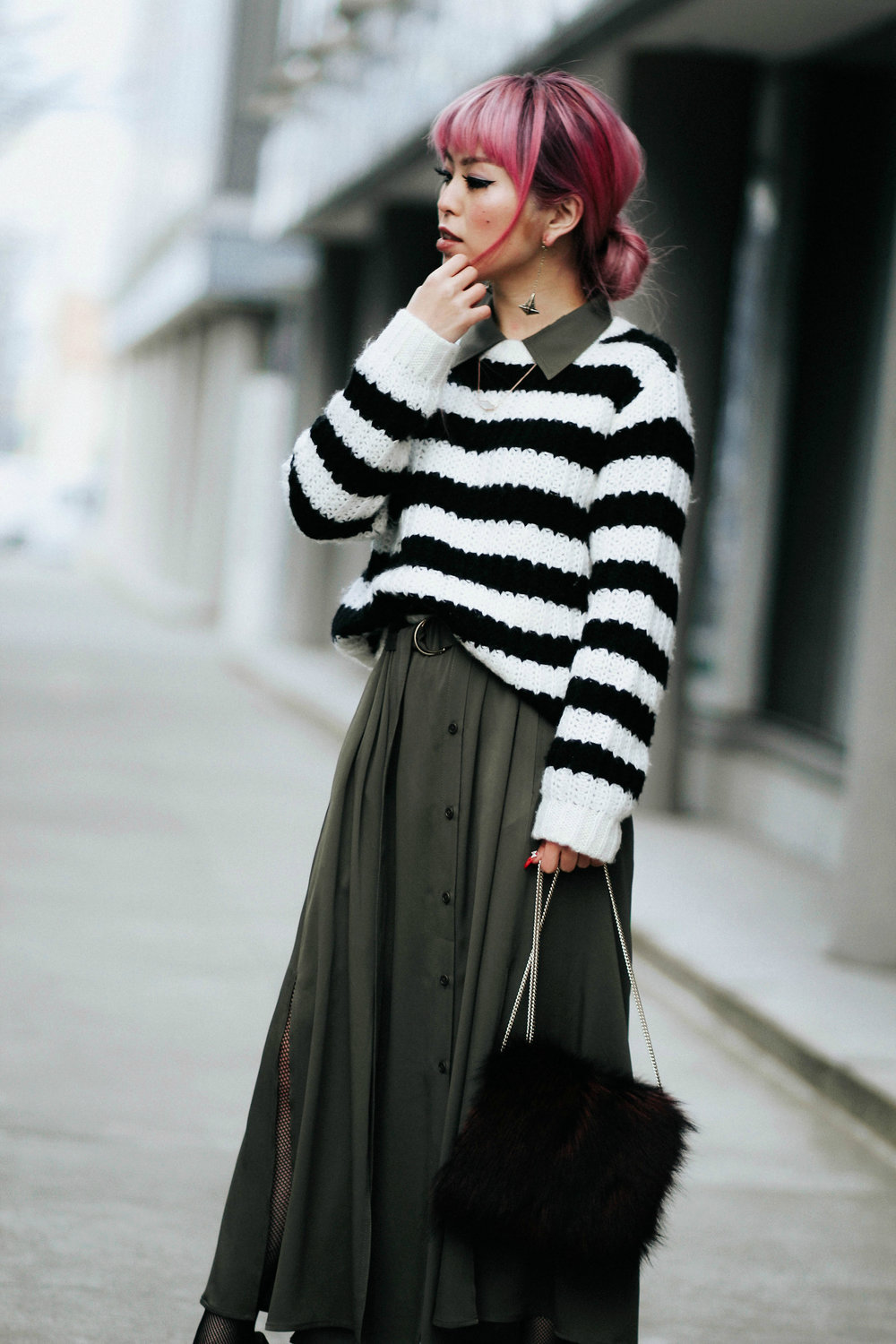 Who What Wear Striped Sweater_DVF Clarise Midi Shirt Dress_DVF Fur Bag_Kendra Scott Diana Shoulder Duster Earrings In Antique Brass_Amazon Fishnet Tights_ZARA ASYMMETRIC LEATHER HIGH HEEL SHOES_Aikas Love Closet_Seattle Fashion Blogger_japanese_Pink Hair