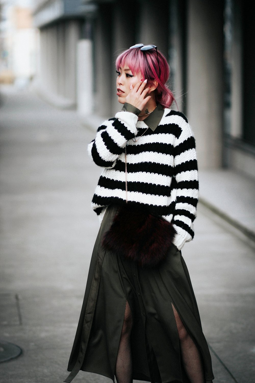 Who What Wear Striped Sweater_DVF Clarise Midi Shirt Dress_DVF Fur Bag_Kendra Scott Diana Shoulder Duster Earrings In Antique Brass_Amazon Fishnet Tights_ZARA ASYMMETRIC LEATHER HIGH HEEL SHOES_Aikas Love Closet_Seattle Fashion Blogger_japanese_Pink Hair 14