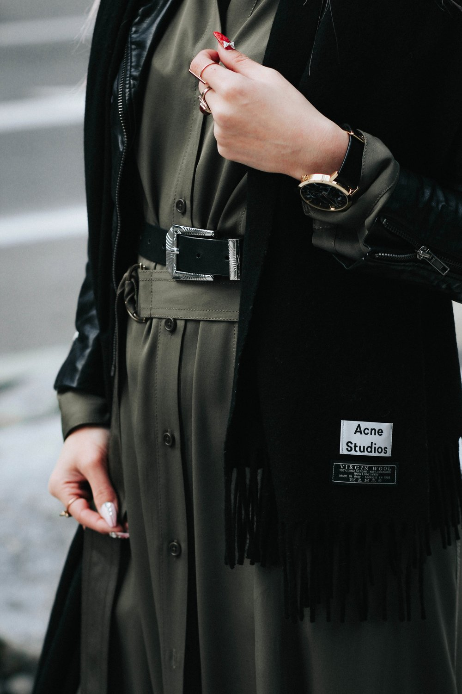 Acne Studios Black Canada Narrow Scarf-Lack Of Color Fedora-H&M biker Jacket-DVF silk shirt dress-ASOS western belt-zara statement bag-ASOS western mule-Aikas love closet-pink hair-seattle fashion lifestyle blogger-japanese