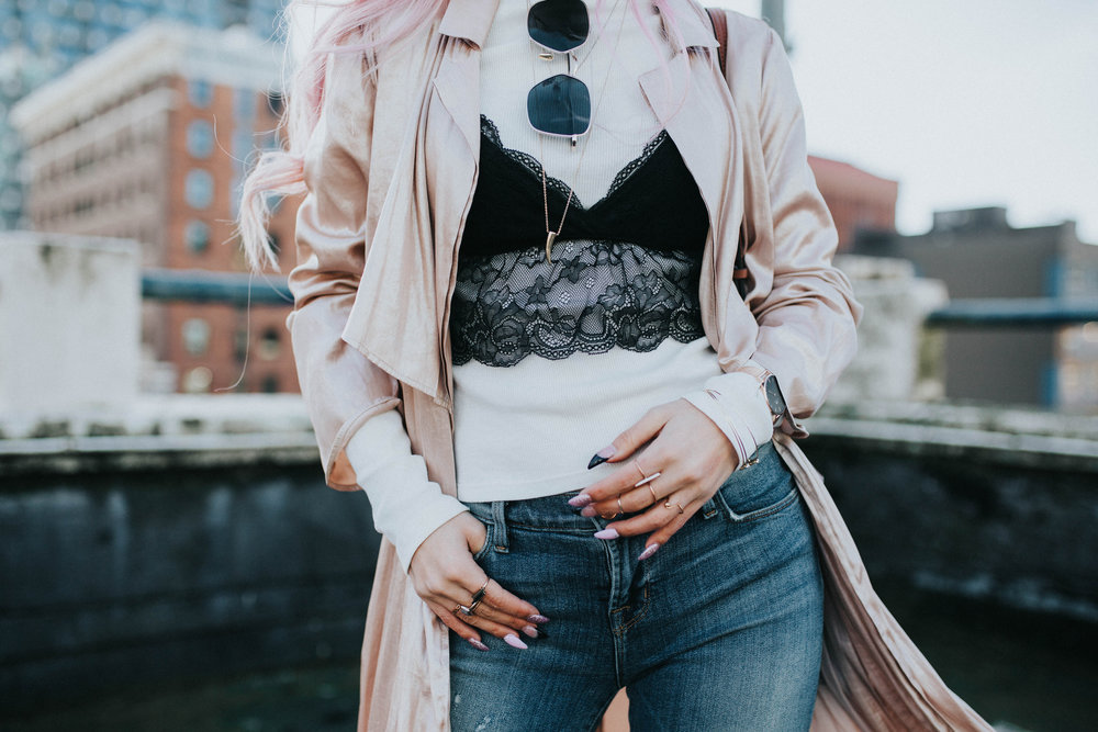 Mango Pink Metallic Trench Coat_ZARA White mock neck top_ZARA lace bralette_J Brand skinny jeans_Chloe Mini Faye Leather Shoulder Bag_Ego Ankle Boots_Free People Aviator Sunglasses_Argento Vivo Earrings_Aikas Love Closet_Seattle Style Fashion Blogger_Japanese_Pink hair 22