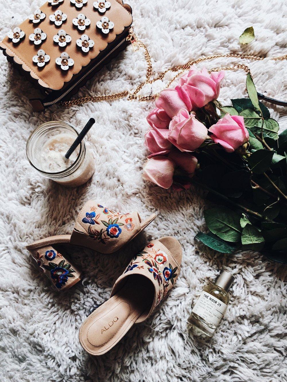 Aldo Yaessi Floral-Embroidered Mules-Pink Roses-Zara Floral bag - Le Labo Eau de Parfum - Aika's Love Closet - Seattle Fashion Style Blogger - Japanese