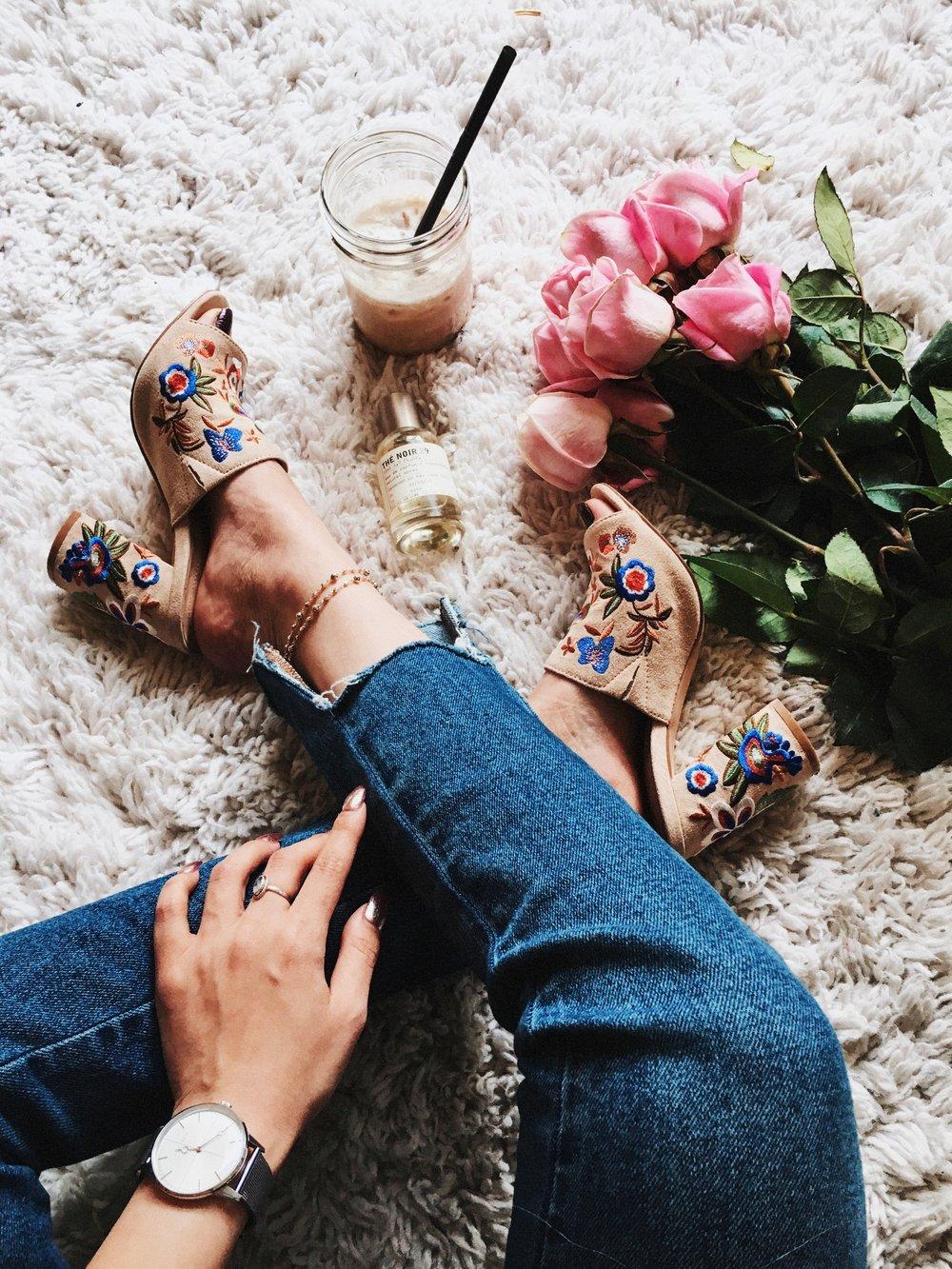 Aldo Yaessi Floral-Embroidered Mules-Pink Roses-Zara Floral bag - Le Labo Eau de Parfum - Aika's Love Closet - Seattle Fashion Style Blogger - Japanese 2