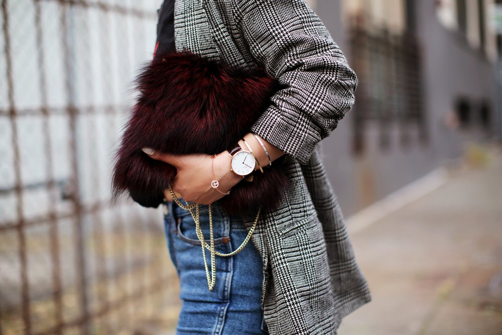 Nordstrom Plaid Blazer_Vintage Rockband Tee_Free People High Waisted Jeans_Daniel Wellington Watch_ASOS Black Mules_DVF Fur Bag_Swarovski Remix Collection Smiling Face_Pink Hair_Aika's Love Closet_Seattle Fashion Style Blogger_Japanese 14