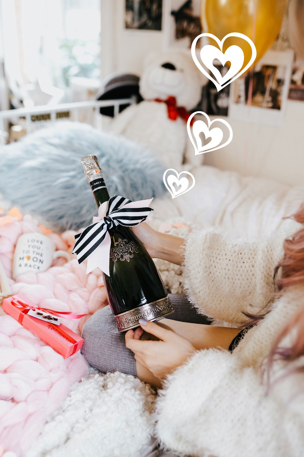 Segura Viudas Heredad Brut Reserva-I love you to the moon & back-heart chocolate-heart mini garland-Aika Yokoyama-AIkas Love Closet-heart ballons-special gift-galantine's day-valentine's day-sparkling wine-small room-chunky blanket-pink hair-fur pillow-chunky throw-japanese-lifestyle and style blogger-inspiration-seattle 11