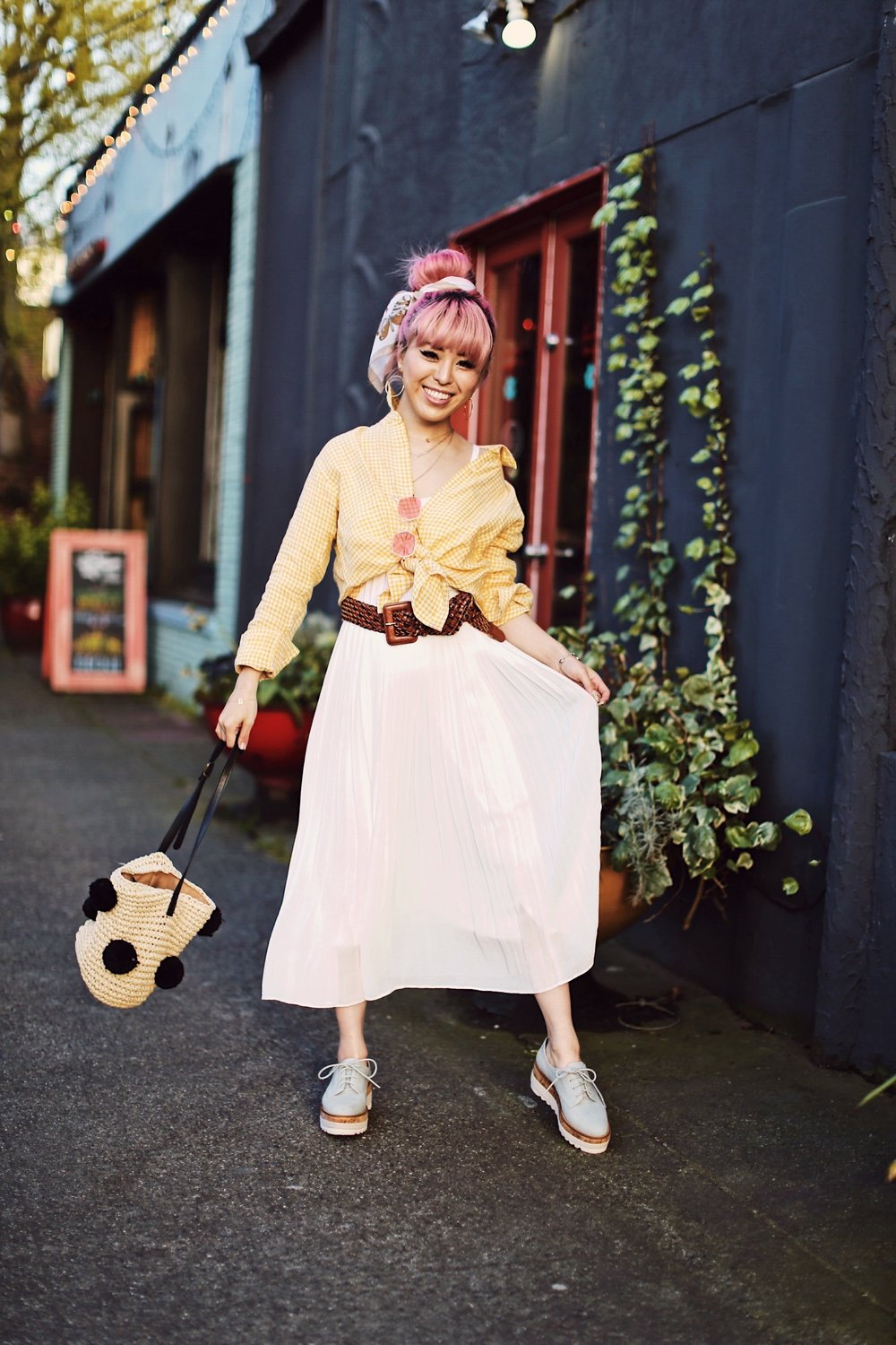 Uniqlo yellow Linen gingham shirt-Uniqlo White pleated chiffon midi skirt-Uniqlo Airism brat-pink tinted sunglasses ZERO UV-She in Pom pom Straw bucket bag-Vintage scarf bun hair style-Steve Madden Belt-Jane and the shoe denim oxford platforms-Aika's Love Closet-seattle fashion style blogger-Japanese-pink hair-smiling-spring fashion 8
