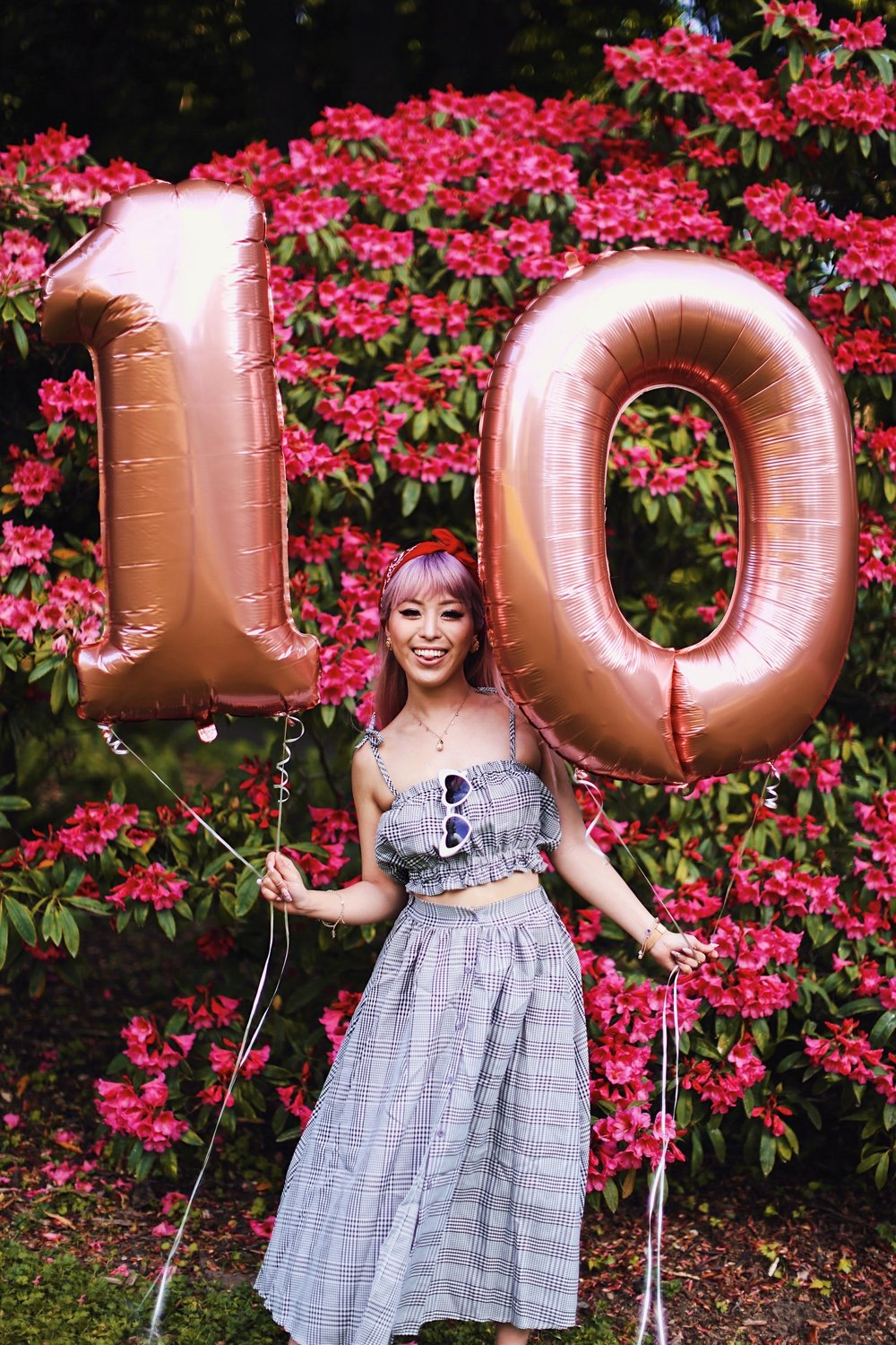 Aika's Love Closet-Seattle Style Life Style Blogger-Japanese-10 Year Anniversary-living in America-what I've learned from Living Abroad-life lessons-pink hair-zero uv heart sunglasses-rose gold balloons-smile