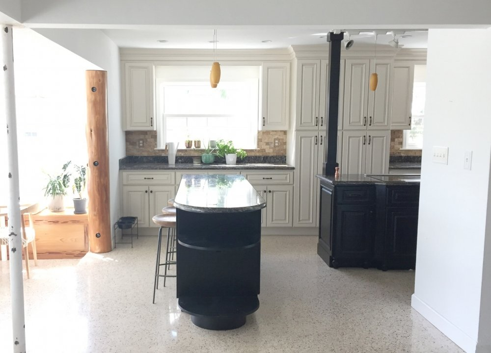 kitchen via entry