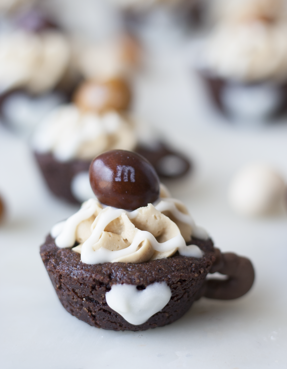 coffee nut m&m's espresso brownie mugs | sarah makes stuff