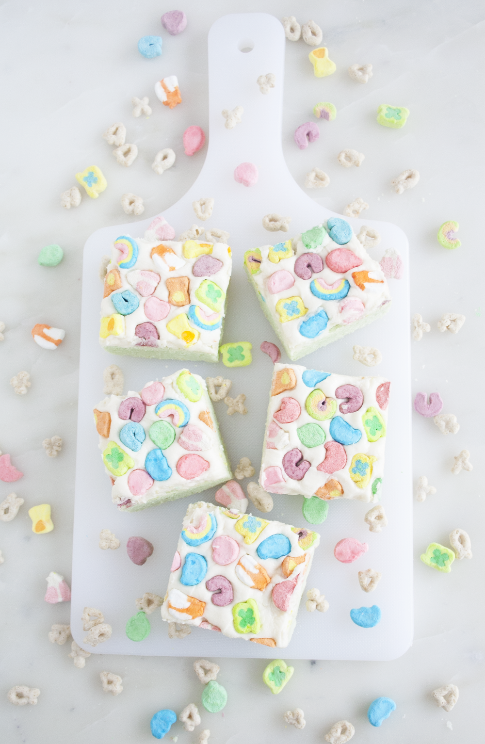 Lucky Charms Cookie Bars | Sarah Makes Stuff
