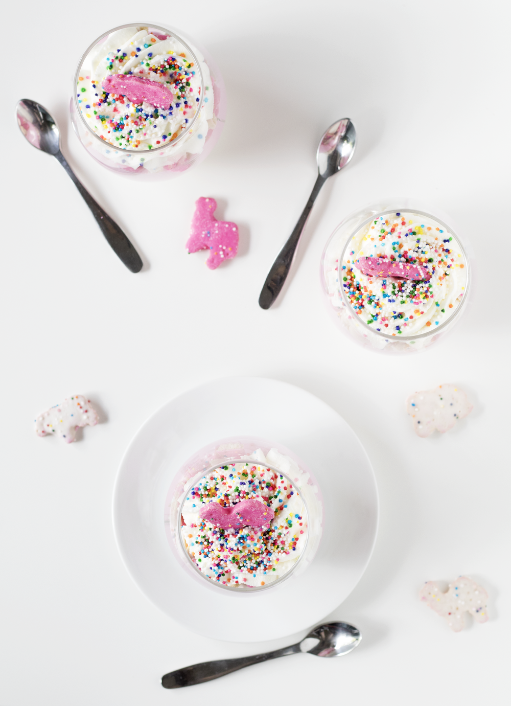 Circus Animal Cookie No-Bake Cheesecake Parfaits | Sarah Makes Stuff