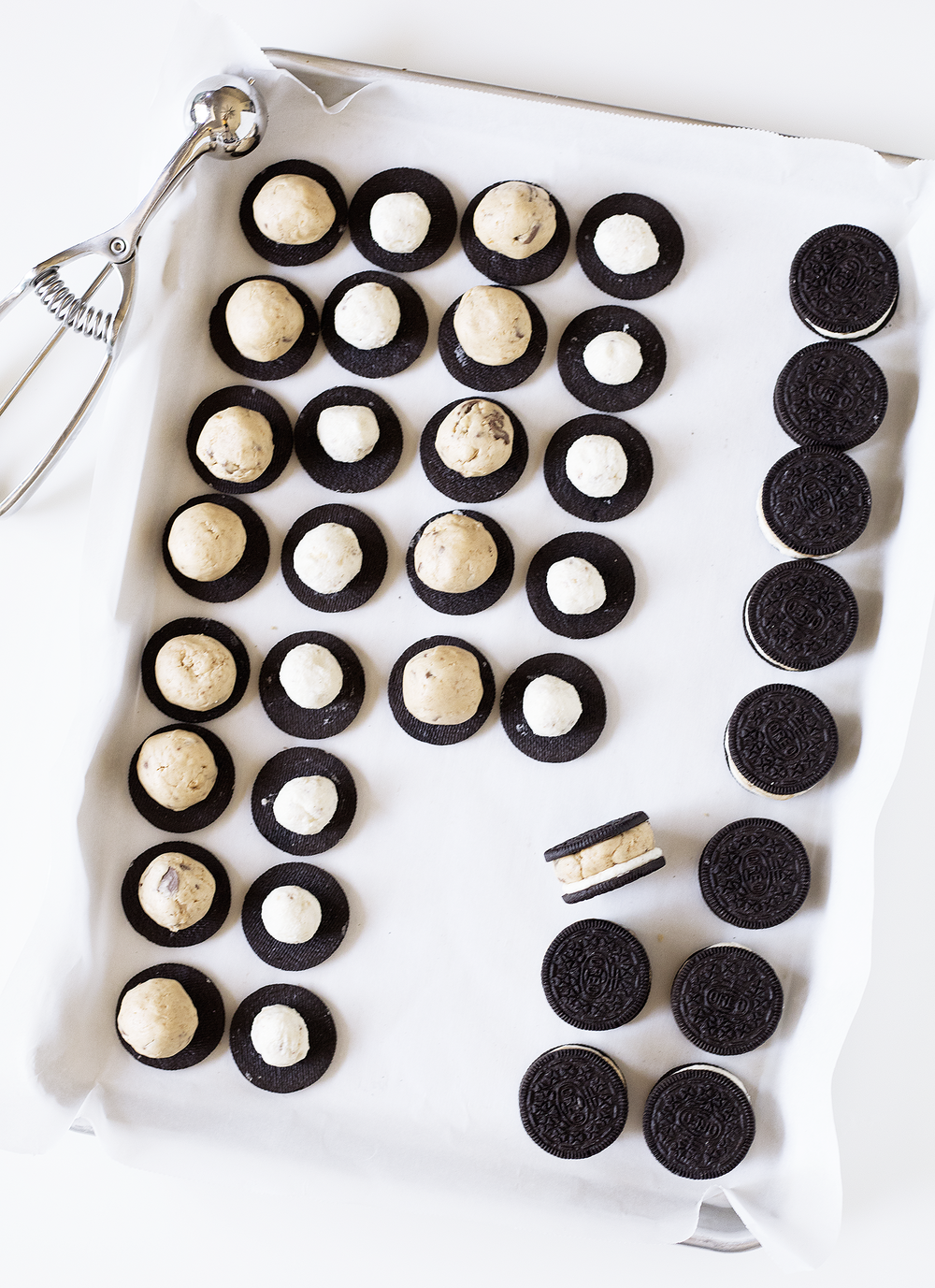 Peanut Butter S'mores Stuffed Oreos | Sarah Makes Stuff