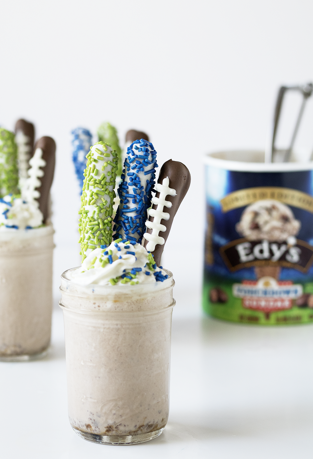 Touchdown Sundae Milkshakes | Sarah Makes Stuff