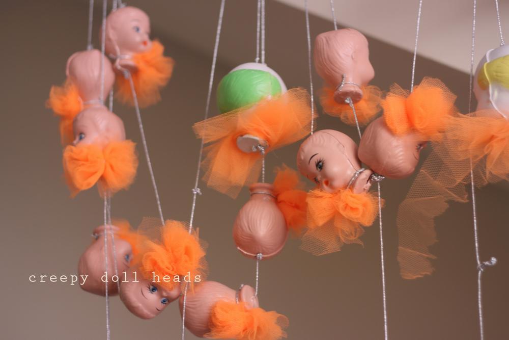donadacasa-circus-doll.png